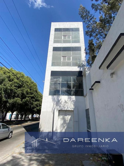 Edificio Comercial - Gustavo Díaz Ordaz