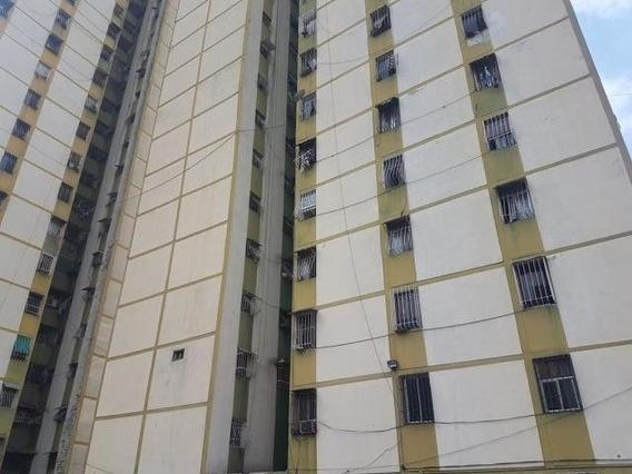 Apartamento Venta Yz Mls #20-11608