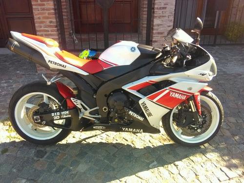 Permuto Yamaha Yzf R1 2008 (no Cbr, Ducati, Zx10,bmw X5)