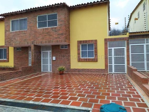 Apartamento En Venta 21-3297 Yubelys Martínez