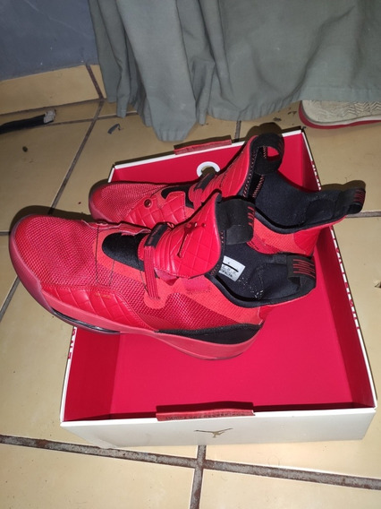 Nike Air Jordan Xxxiii University Red