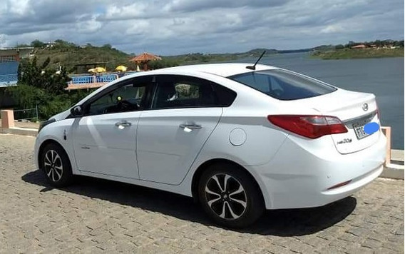 Hyundai Hb20s 1.0 Copa Do Mundo Flex 4p 2014