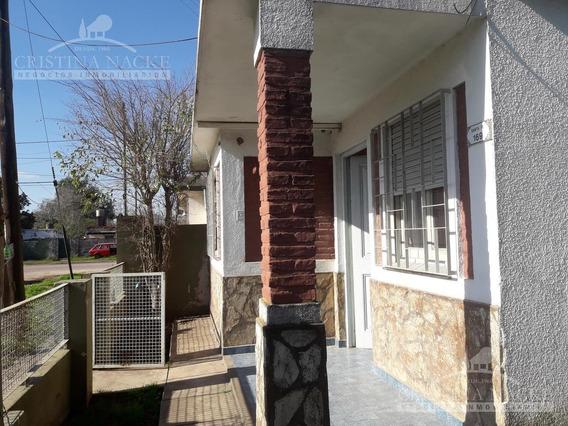 Gran Oportunidad, Casa A Modernizar En Garin-centro