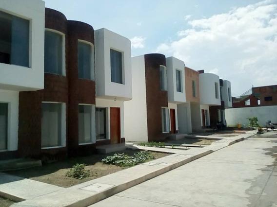 Exclusivo Y Confortable Town House Cumboto Puerto Cabello