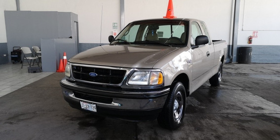 Ford F-150 6cil Aut Aire