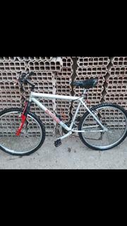 Bicicleta Todo Terreno Rodado 26 Cuadro De Aluminio.shimano