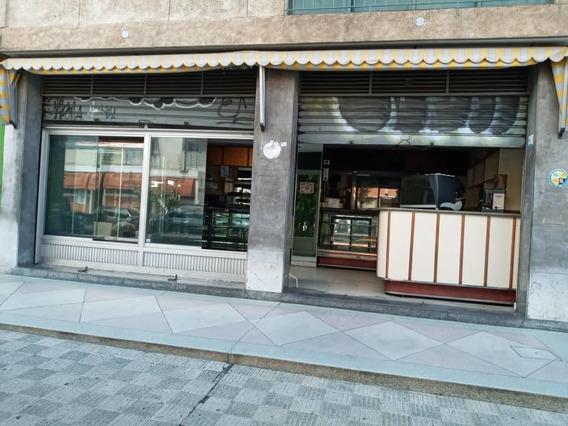 Se Vende Negocio Pasteleria/ Panadería