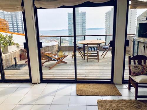 Apartamento Penthouse Frente Al Mar De Playa Brava - Ref: 2716