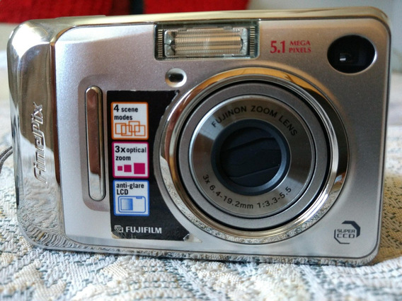 Camera Fujifilm Finepix A500 5mp With 3x Optical Zoom