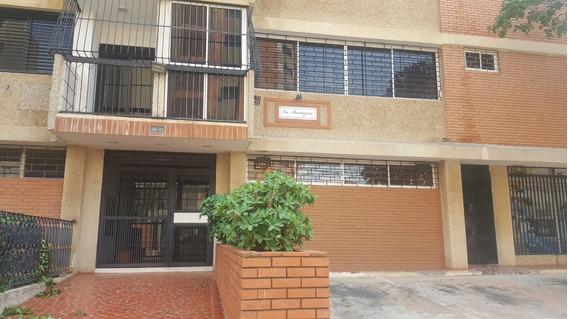 Apartamento En Venta En Tierra Negra (patricia Estrada)