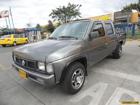 Nissan D-21 Doble Cabina