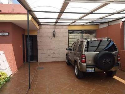Casa En Venta En Independencia Guadalajara