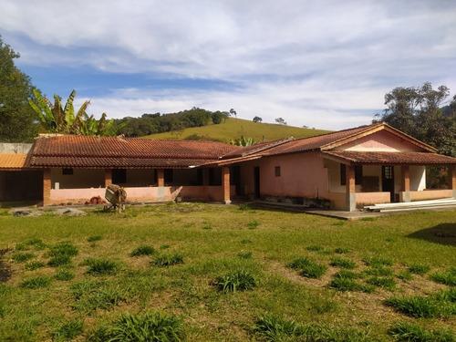 Imagem 1 de 4 de Chácara Casa Com 4 Suítes, Terreno Com 2500 M² Em Joanopolis