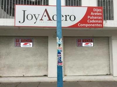 Local Comercial En Renta Renta; Por La Principal Av. De Tecomán, Frente A Farmacias Guadalajara