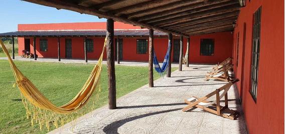 Complejo De Posada Y 3 Casas De Gran Categoria Oportunidad