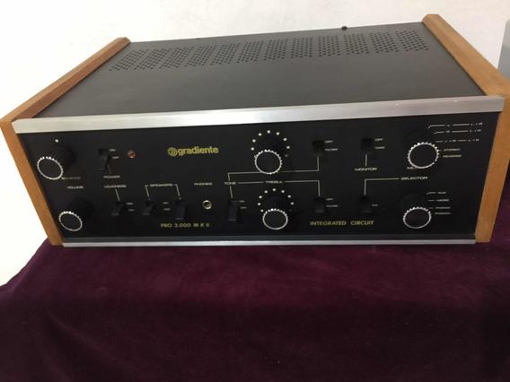 Amplificador Gradiente Pro 2000