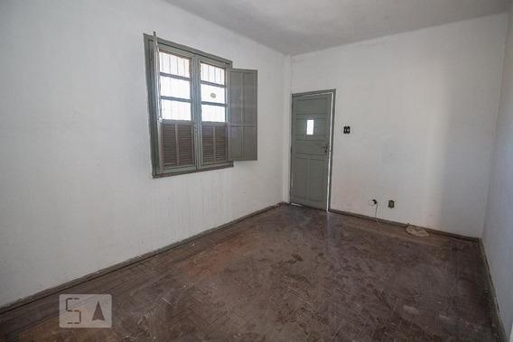 Apartamento No 3º Andar Com 2 Dormitórios - Id: 892946759 - 246759
