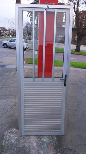 Imagen 1 de 3 de Puerta Aluminio Y Vidrio 0.80 X 2 Mt.