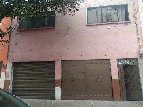 Imagen 1 de 5 de Casa En Venta Con Local En  Col. Moctezuma  A 5 Min  Del Aer