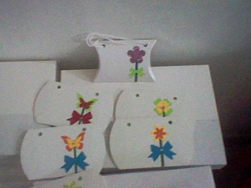 Imagen 1 de 2 de Cajas Cartón Blanco, Joyeria,bisuteria 8x8 Adornada(36 Pzas)
