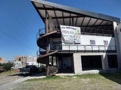 Local En Renta En San Miguel De Allende En Plaza Comercial