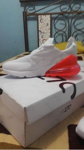 Imagen 1 de 2 de Zapatiilas Nike Airmax 270.
