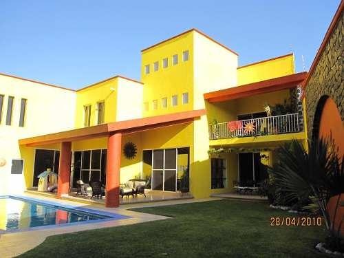 Casa En Renta $30,000.00 Fracc. Junto Al Rio