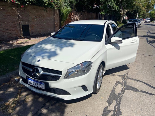Mercedes Benz, A200