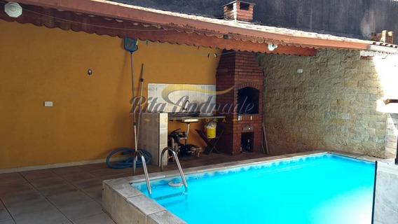 Casa Com Piscina - 2 Dorms - Zona 1 - 670