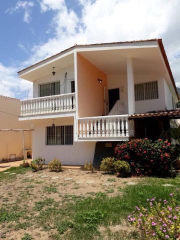 Casa En Venta En Palmar Este Caraballeda Mls #17-8447