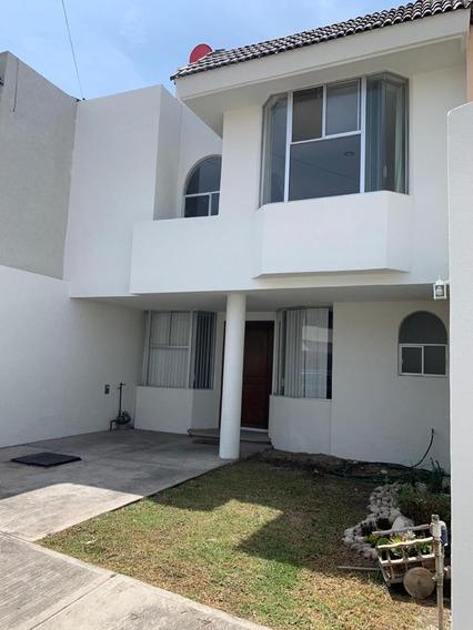 Bonita Casa En Fraccionamiento Jacarandas
