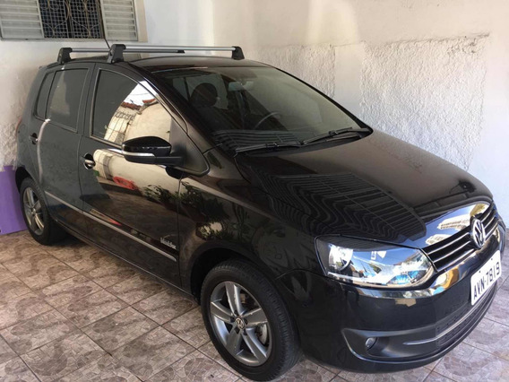 Volkswagen Fox 1.0 Black Tec Total Flex 5p 2013