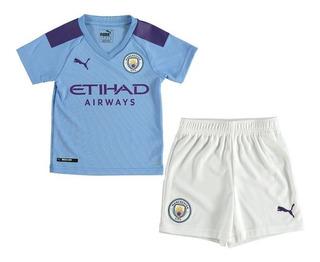 Kit Infantil Manchester City 2020 - Bruyne, Mahrez, Agüero