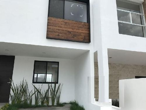 Casa En Venta, Zibata, Qro.