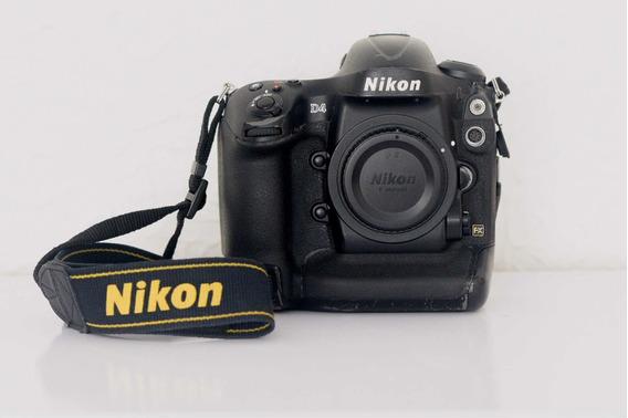 Nikon D4 - 531 Mil Cliques