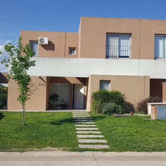Dueño Directo Vende Casas De Santa María Villanueva Eidico