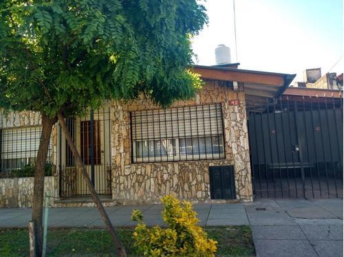 Imagen 1 de 8 de Casa - Muñiz