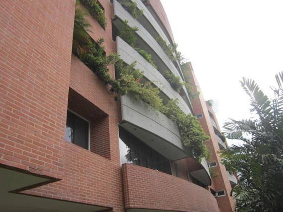 Cr Apartamentos En Ventas. Urb Campo Alegre Mls 20-14314