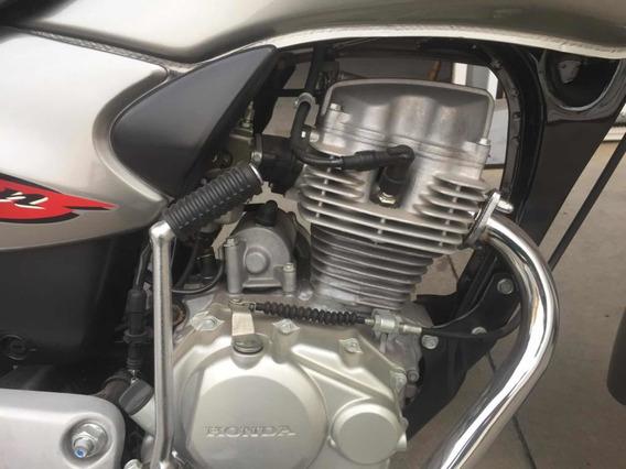Honda Titan 125 Es