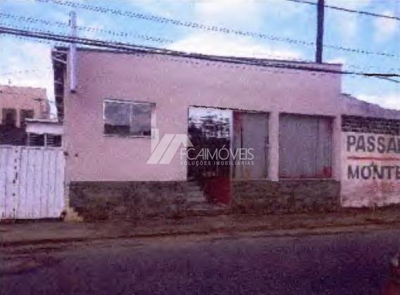 Rua Bahia, Centro, Monte Sião - 444555