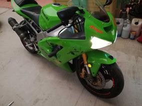 Poderosa Kawasaki Zx-6r 636 Verde