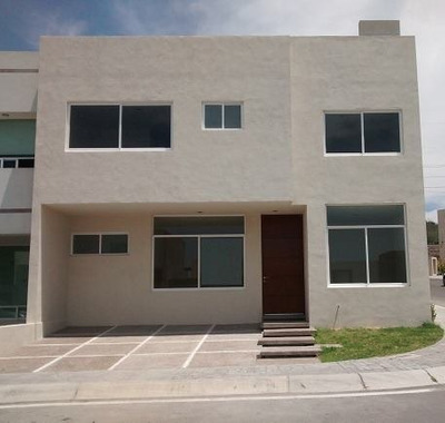 Casa Nueva En Renta En Coto Cerrado En Fracc El Mirador Qro. Mex.