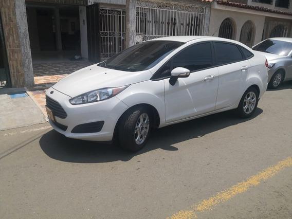 Ford Fiesta, 2016, Blanco, Nuevo, Al Día, Único Dueño,