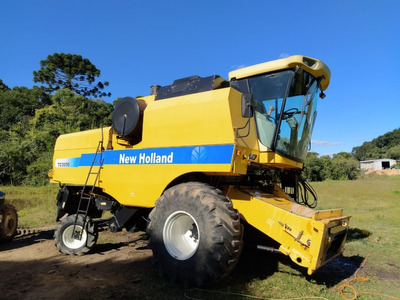 Colheitadeira New Holland - Nh Tc 5070
