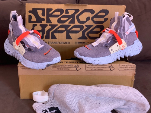 Tênis Nike Space Hippie 03 Vast Grey Hyper Crimson