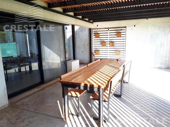Venta Hermosa Casa 2 Dormitorios - Fisherton