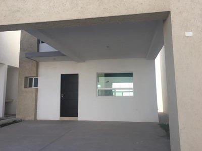 Casa En Venta En Rincón Las Etnias, Torreón
