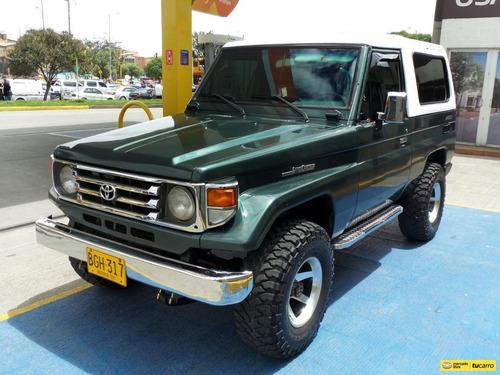 Toyota Land Cruiser 4x4 A.a