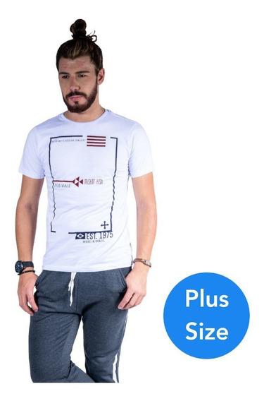 Camiseta Mister Fish Originals Est 1975 Plus Size Branco