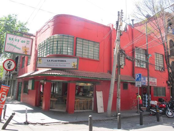 Se Traspasan 2 Restaurantes De Comida Rápida Funcionando